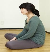양반다리, 쪼그려 앉기 습관이 관절을 망가뜨린다
