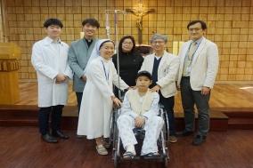 턱뼈종양으로 턱 잃은 몽골소년 재건수술로 새 삶 선물