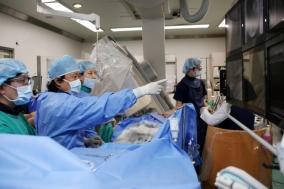 수술후 발생 승모판협착증에 경피적판막치환술 성공