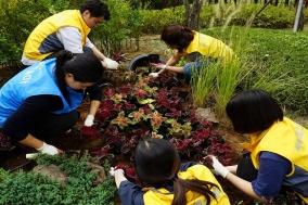 CJ헬스케어, 한국콜마와 함께 서울시 어린이병원에 정원 조성