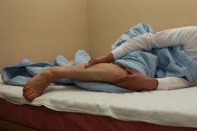 다리 저림으로 불면증까지 '하지불안증후군'